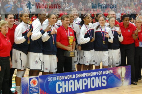 2010 FIBA World Champions for Women -  USA  © womensbasketball-in-france.com