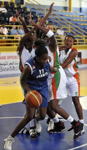 Adja Konteh in blue at the 2009 Jeux de la Francophonie -  2009 Francophone Games © jeux2009.org