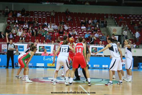 Belarus on their way to semi-final of EuroBasket women 2009 © womensbasketball-in-france.com