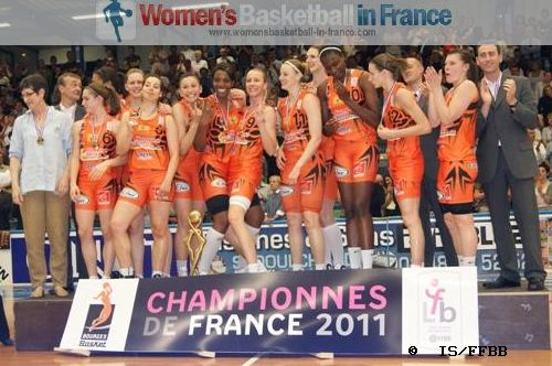 2011 LFB Champions are Bourges Basket © IS/FF
