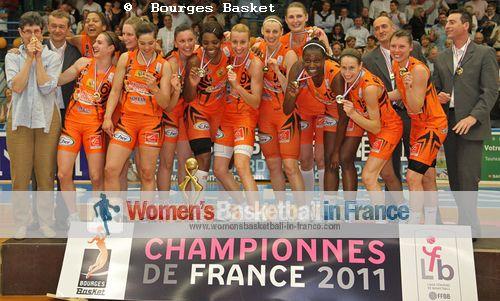 2011 LFB champions Bourges Basket © Bourges Basket