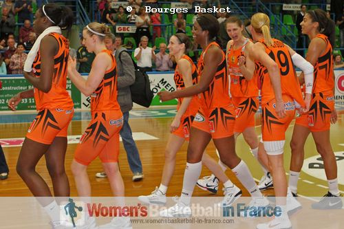 Bourges Basket qualify again in 2011 for LFB final © Bourges Basket