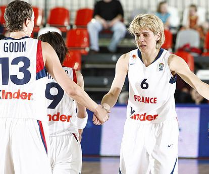 Cathy Melain  after beating Israel at EuroBasket Women 2009 © Ciamillo Castoria