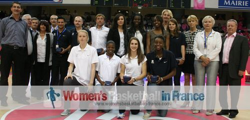 France U18 (2011) players and staff at the open LFB