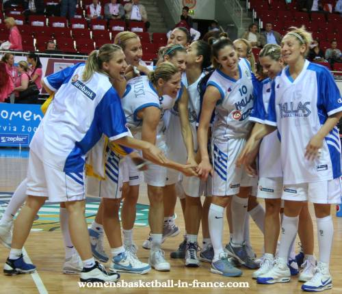 Greece are happy © womensbasketball-in-france.com