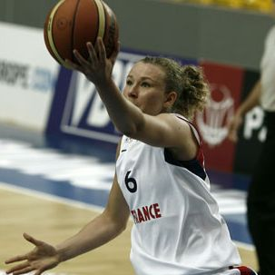 Mélanie Plust playing for France U20 in Poland © FIBA Europe
