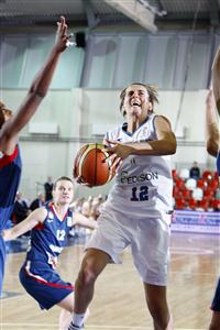 Raffaella Masciadri playing against France at EuroBasket Women 2009 © Castoria - FIBA Europe