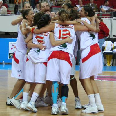 Spain qualify for semi-final at EuroBasket Women 2009 © womensbasketball-in-france.com