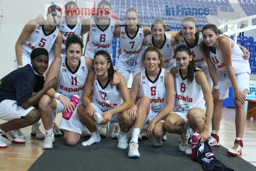Spain win group D © womensbasketball-in-france.com