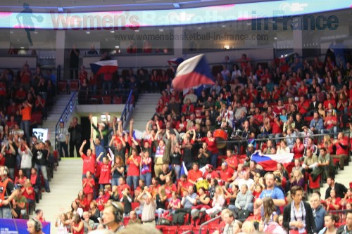 Supporters at the FIBA  World Championship Women  © womensbasketball-in-france.com