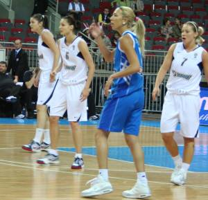 Slovak Republic and Greece at EuroBasket Women2009 © womensbasketball-in-france.com